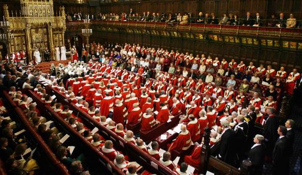 奧爾頓勳爵:英國應重新考慮林鄭家人公民權