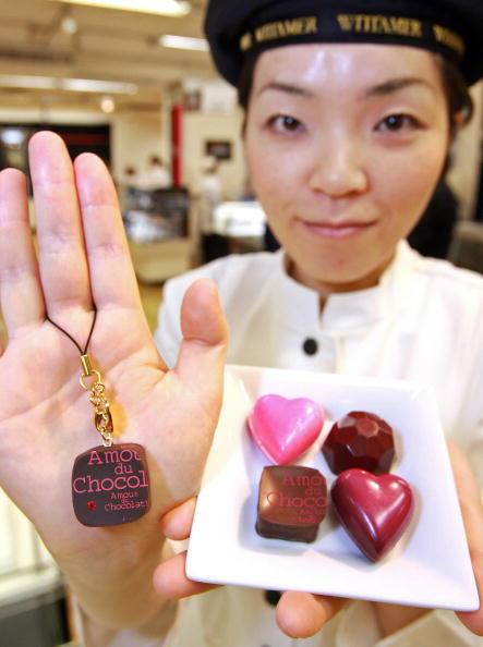 研究表明,巧克力中含有的可可粉能改善血管内皮功能。(Photo credit should read YOSHIKAZU TSUNO/AFP/Getty Images)