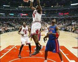 NBA季后赛 公牛扳回一城 免遭活塞横扫