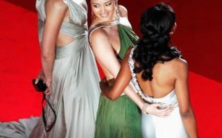 組圖:戛納紅毯 女星回眸一笑百媚生