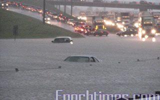 組圖:雷暴突襲卡城大水成災