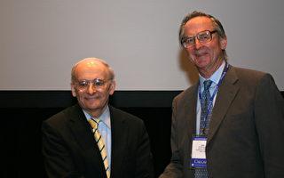 大卫‧麦塔斯获加拿大律师协会人权奖
