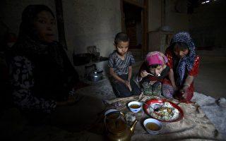 图片新闻:沙漠中原始部落