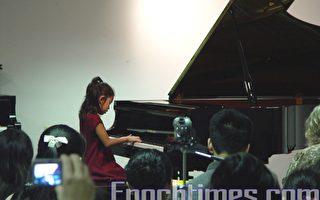 台灣同鄉聯誼會青少年鋼琴競賽9月16日在Brook Mays鋼琴專賣店演奏廳舉行(陳梅攝影/大紀元)