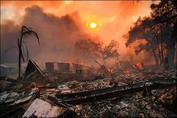 野火襲加州 30萬人撤離 毀千棟建物