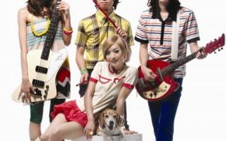旺福代言电吉他  积极构思乐团肖像产品