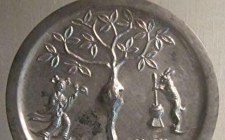 漢代銅鏡英文字母 蘊含宇宙模式
