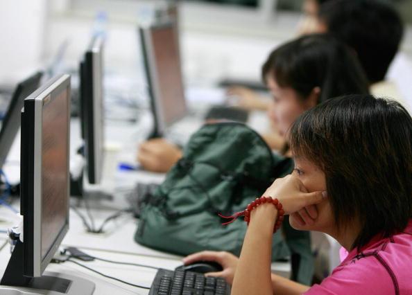 中國年輕人債台高築 為何中共最不樂見