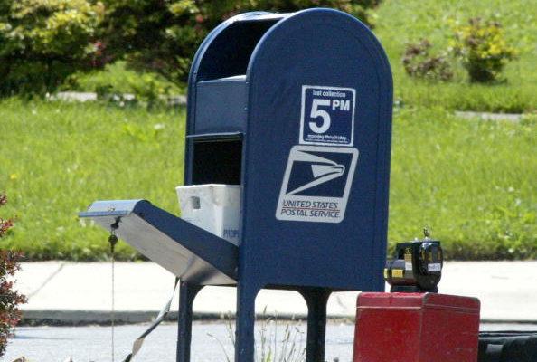 川普:邮局业务变化 旨在修复服务 非破坏大选