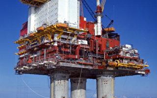 挪威钻油平台故障 大量原油泄入北海