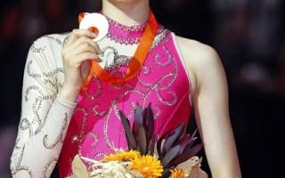 组图:南韩滑冰选手金妍儿 再夺世锦金牌