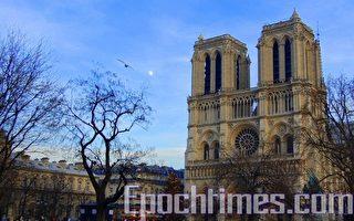 组图:巴黎圣母院瑰宝 哪些幸存下来