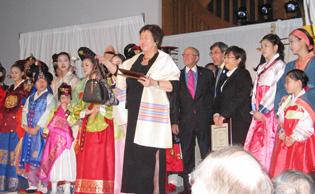 韓國服裝秀 展東方傳統文化
