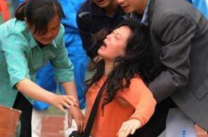 震灾父母失去儿女 吁放宽一胎政策