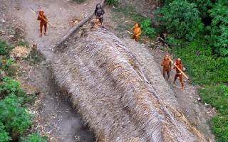 亞馬遜河雨林發現 與世隔絕的土著