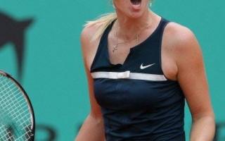 法网赛 夏拉波娃与杨科维琪胜出 晋级第四轮