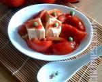 蕃茄炒豆腐,提振食欲、又可抗老。(杨美琴摄影∕大纪元)