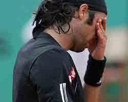 法網男單  蒙菲爾斯爆冷擊敗費瑞爾闖進四強