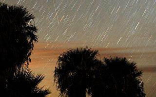 英仙座流星雨 12日晚劃過天際