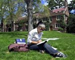 美大学排名又起争议 学生应如何看待排名?