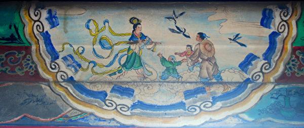 七夕,又名乞巧节。图为颐和园长廊彩绘:牛郎织女鹊桥会。(公有领域)