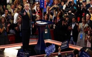 組圖:麥凱恩提名演說 矢言改革爭取支持