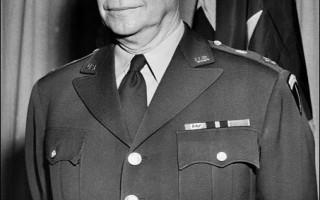 10/14他生日:一代軍事、政治領袖艾森豪威爾