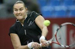 WTA贝尔网球挑战赛 佩特洛娃轻松晋级第二轮
