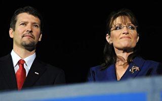 """落选的美国共和党副总统候选人佩林昨晚表示,二零一二年的总统大选""""太过遥远"""",她无法想像自己竞选美国总统。//法新社"""