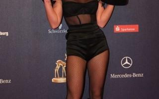 組圖:音樂奧斯卡獲獎 Britney性感演出