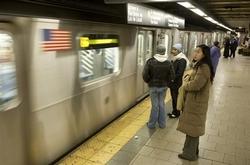 民調:美國人工作時間加長  娛樂時間減少