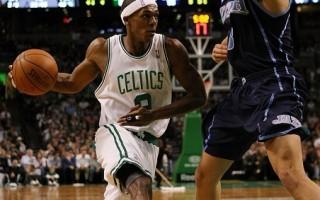 绿衫军胜尼克 18连胜平NBA纪录