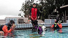 气象预报员萧家森 下班变身军警潜水教练