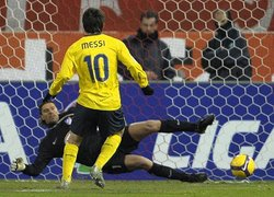 國王杯足賽 梅西獨進三球助巴塞隆納勝出