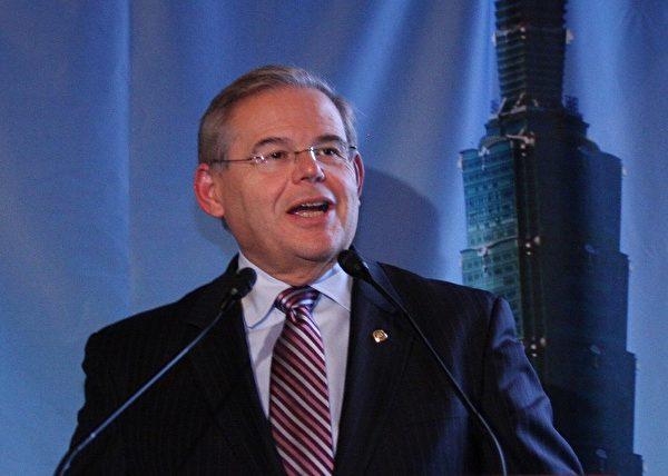 美國新澤西州的聯邦參議員梅南德斯(Robert Menendez)。(麗莎/大紀元)