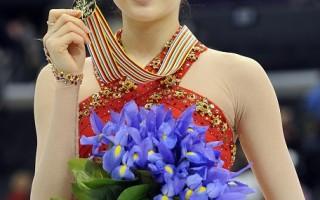 組圖:韓國金妍兒創花式滑冰世界紀錄