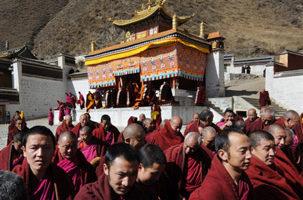 """加6藏人团体集会 抗议订""""农奴解放日"""""""