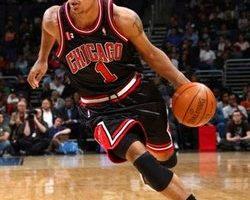 NBA  公牛状元郎罗斯获选年度最佳新人