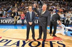 NBA年度最佳行政主管 頒給金塊籃球事務副總