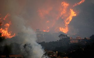 加州野火燒 聖塔巴巴拉告危