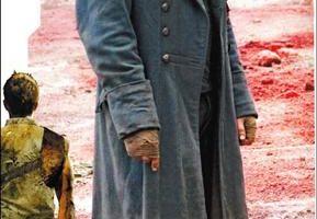 貝爾閉談暴力 阿諾稱讚「終結者4」