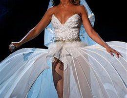 組圖:2009 BET/碧昂斯披婚紗浪漫獻唱