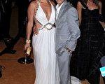 女星珍妮弗·洛佩兹 (Jennifer Lopez) 与老公马克·安东尼(Marc Anthony)开心举行庆生派对。(图/Getty Images)