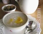 珍珠稀饭有晶莹剔透的好滋味(摄影:杨美琴/大纪元)
