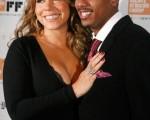 瑪麗亞-凱莉(Mariah Carey)與老公尼克·卡農(Nick Cannon)恩愛亮相。(圖/Getty Images)