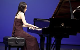 """快讯:""""全世界华人钢琴大赛""""复赛在进行"""