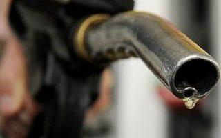 美消费者信心下滑  世界油价创一个月新低