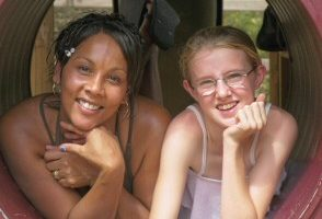 澳洲墨尔本慈善组织:完美单亲孩子的人生