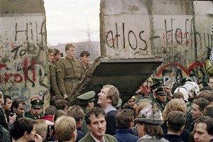 胡少江:讓我們一起推倒「無形的柏林牆」