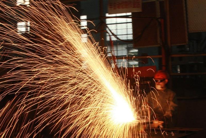 美國上月製造業產值意外增長